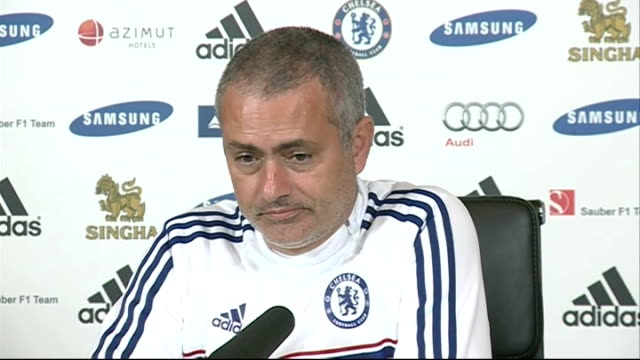 preview of premier league matches england surrey cobham jose mourinho press conference sot - コブハム点の映像素材/bロール