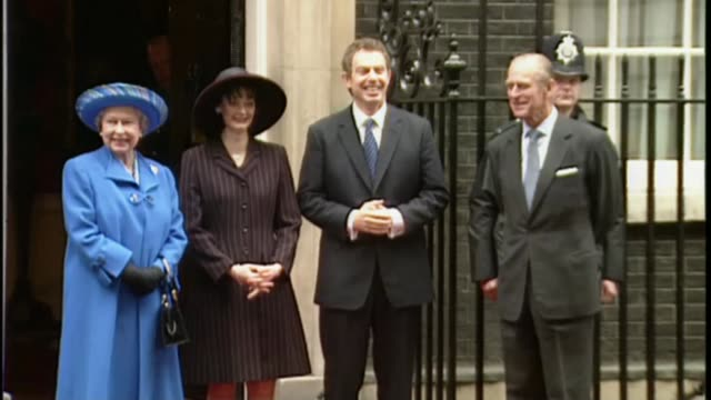 preview of queen elizabeth ii's 90th birthday tony blair interview lib ext queen and prince philip outside no10 downing street with tony and cherie... - tony blair stock-videos und b-roll-filmmaterial