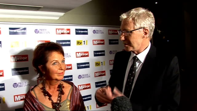 arrivals and backstage interviews paul o'grady photocall and interview with award winner sallyann sutton sot/ girls aloud photocall and brief... - paul o'grady stock-videos und b-roll-filmmaterial
