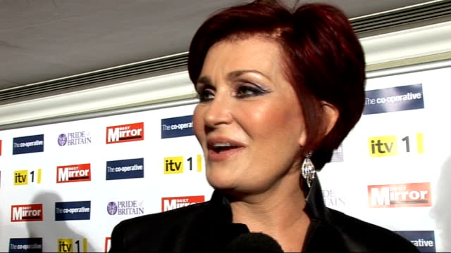 arrivals and backstage interviews sharon osbourne interview sot/ joanna lumley photocall with ghurkas - sharon osbourne stock videos & royalty-free footage