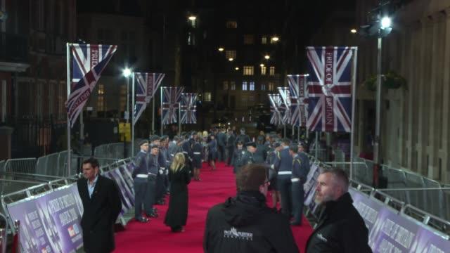 vídeos y material grabado en eventos de stock de pride of britain awards 2018 red carpet; england: london: mayfair: grosvenor house hotel: ext / night seann walsh / simon cowell and lauren silverman... - hotel grosvenor house londres
