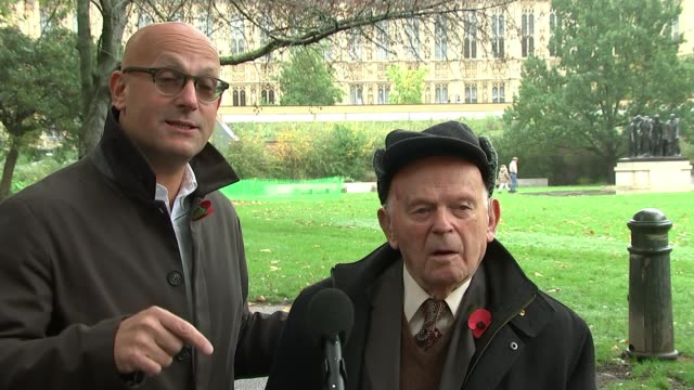 interview with holocaust survivor sir ben helfgott england london westminster various shots maurice helfgott and sir ben helfgott interview sot... - war and conflict点の映像素材/bロール