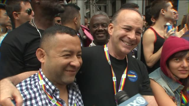 nyc pride parade celebrates supreme court gay marriage ruling ross lorberfeld - dominanz stock-videos und b-roll-filmmaterial