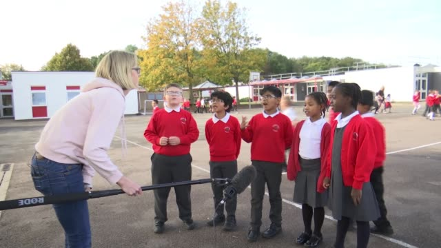 primary schoolchildren take part in itv daily mile campaign england hertfordshire watford cherry tree primary school int various of primary school... - itv london tonight stock videos & royalty-free footage
