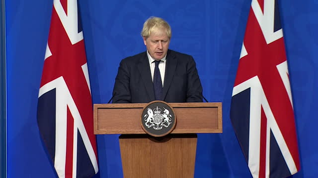 """prime minister boris johnson saying a """"plan b"""" coronavirus strategy would be """"graduated, not all at once"""" - politics and government stock videos & royalty-free footage"""