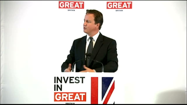 Prime minister David Cameron in New York for United Nations meeting Wall Street speech USA New York Wall Street INT David Cameron MP along to podium...