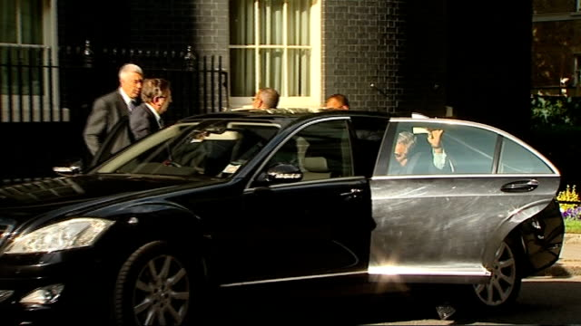 prime minister david cameron welcomes crown prince of bahrain to downing street england london downing street ext car arriving as salman bin hamad... - crown prince stock videos & royalty-free footage