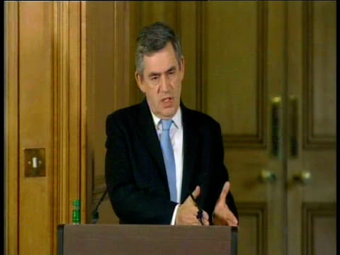 prime minister gordon brown attempts to reassure public about - ゴードン ブラウン点の映像素材/bロール