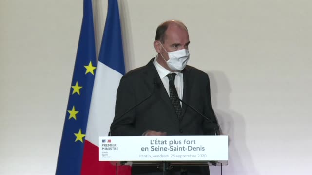 """stockvideo's en b-roll-footage met prime minister jean castex announces that he is going to the crisis centre of the ministry of the interior after the """"attack"""" that left at least four... - clean"""