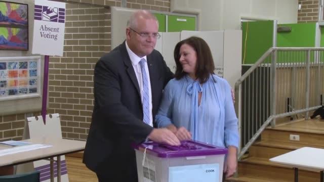 AUS: Australia PM Scott Morrison casts his vote (3)