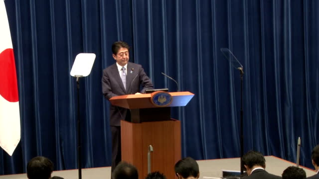 prime minister shinzo abe upheld japan's past apologies over its wartime actions as unshakable in a statement issued friday to mark the 70th... - sense stock-videos und b-roll-filmmaterial