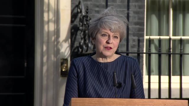 prime minister theresa may calls general election prime minister theresa may calls general election england london downing street ext theresa may mp... - allgemeine wahlen stock-videos und b-roll-filmmaterial