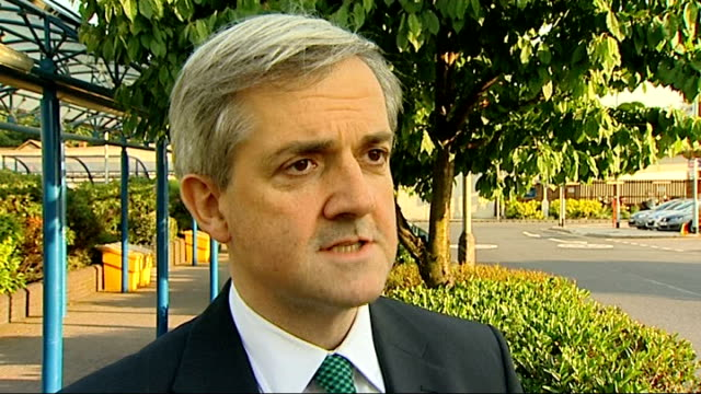 prime minister vents frustration over bp gulf of mexico oil spill; england: ext chris huhne mp interview sot - クリス ヒューン点の映像素材/bロール