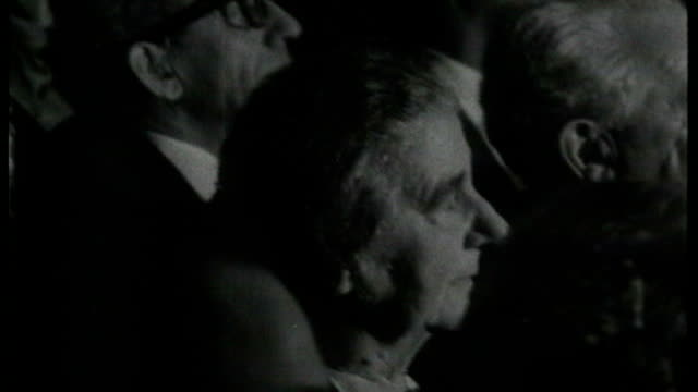 prime ministerial elections: tzipi livni ahead in polls; tx 10.3.1969 b/w golda meir at election ceremony b/w delegates raising hands to vote b/w... - prime minister bildbanksvideor och videomaterial från bakom kulisserna