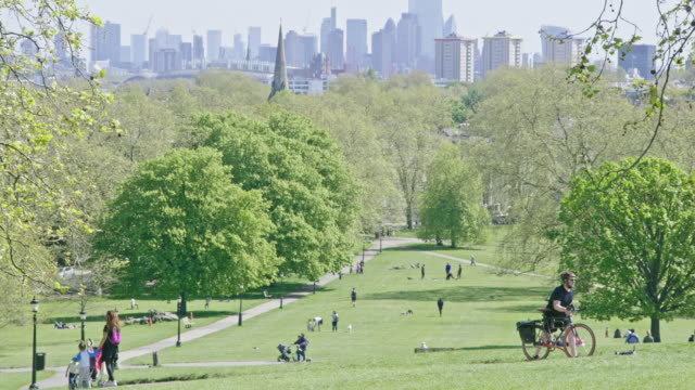 primrose hill park on a sunday lockdown afternoon, this fashionable park is located one kilometre north of regents park in the london borough of... - kilometre stock videos & royalty-free footage
