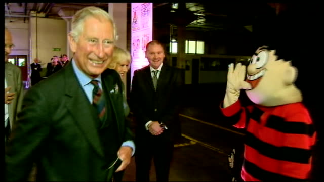 prince charles and camilla make guest appearance in special edition of 'the beano'; scotland: dundee: dc thomson & co: int **beware flash... - スコットランド ダンディー点の映像素材/bロール