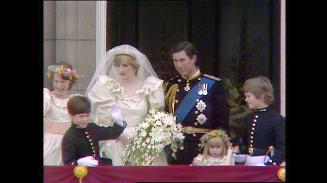 prince charles and princess diana with their page boys and bridesmaids on the buckingham palace balcony on the day of the royal wedding; 1981. - balcony stock videos & royalty-free footage
