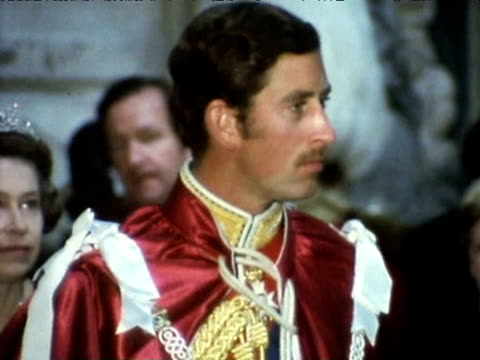 prince charles arrives at westminster abbey for his induction as great master of the order of the bath 1977 - prince of wales stock videos & royalty-free footage