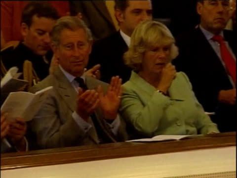 vídeos y material grabado en eventos de stock de prince charles sits beside camilla duchess of cornwall queen elizabeth ii and prince philip in audience of prince william's graduation ceremony from... - instituciones y organizaciones educativas