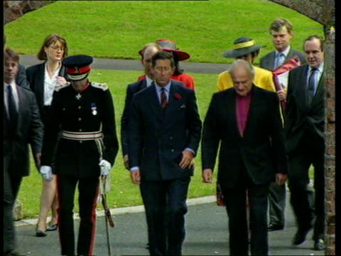 prince charles visit to northern ireland northern ireland armagh ms prince along with dr cahal daly and archbishop robert eames zoom in ms ditto tlms... - principe carlo principe del galles video stock e b–roll