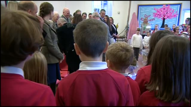 prince charles visits leighterton primary school in gloucestershire; england: gloucestershire: tetbury: leighterton primary school: int **music heard... - キリスト降誕点の映像素材/bロール