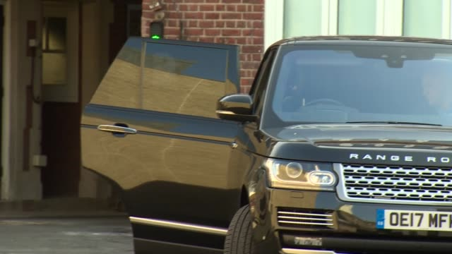 prince george arrives for first day at school england london battersea thomas's battersea day school car number plate seen car driven by prince... - 1日目点の映像素材/bロール