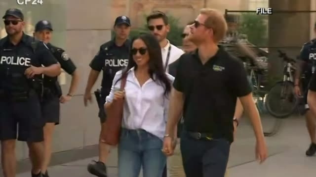 Prince Harry and Meghan Markle engagement US reaction LIB / T25091703 Toronto Invictus games Prince Harry and actor girlfriend Meghan Markle along...