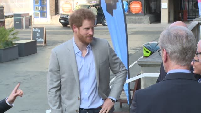 prince harry at kings college on march 16, 2017 in london, england. - キングスカレッジ点の映像素材/bロール