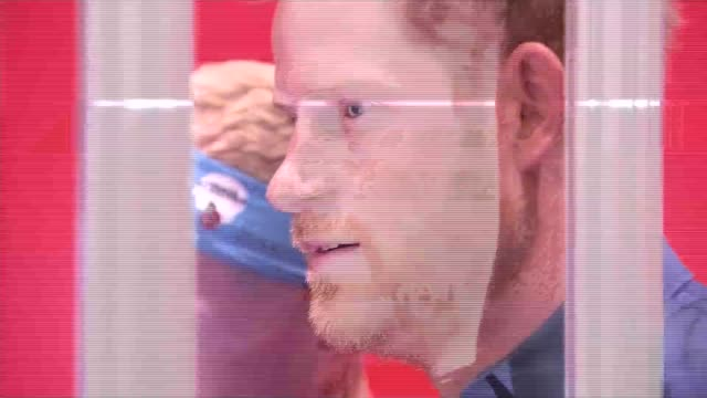 Prince Harry at Virgin Money London Marathon Expo ENGLAND London The ExCel Centre PHOTOGRAPHY*** Prince Harry arriving and cutting ribbon with young...