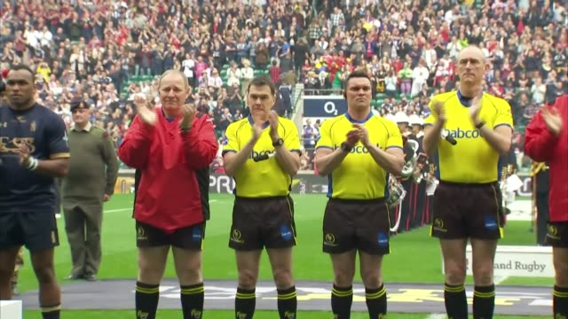 stockvideo's en b-roll-footage met prince harry attends army v navy rugby match england london twickenham ext prince harry arriving for the army v navy rugby union match to cheers from... - rugby sport
