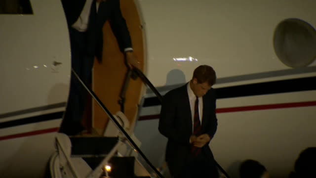 prince harry diamond jubilee tour of caribbean and brazil harry arrives in the bahamas bahamas nassau photography** **music heard intermittently... - itv weekend lunchtime news点の映像素材/bロール