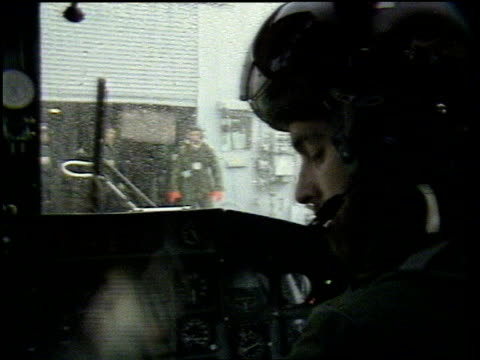 vídeos de stock e filmes b-roll de prince harry not to be sent to iraq tx prince andrew at controls of helicopter ext andrews' helicopter taking off from deck - ilhas malvinas