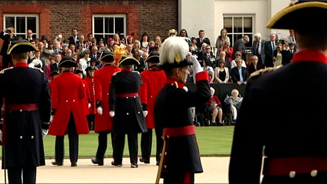 prince harry visits chelsea pensioners chelsea pensioners one carrying mace march along at founders day parade as military band play sot various... - feierliche veranstaltung stock-videos und b-roll-filmmaterial