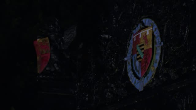 vidéos et rushes de duke of edinburgh has hospital check up as more details of accident emerge england norfolk sandringham general view sandringham estate gates royal... - duc d'edimbourg