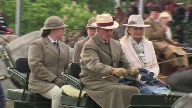 prince philip london taxi to go on display t15051625 1552016 prince philip duke of edinburgh driving horse drawn carriage along through arena - carriage stock videos and b-roll footage