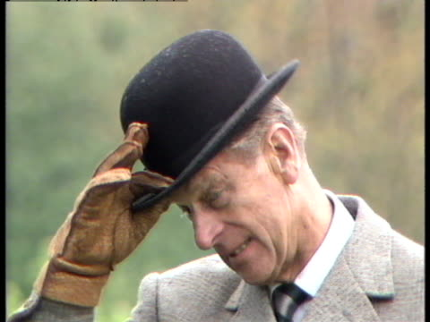 prince philip prepares to compete in the windsor horse trials - イギリス バークシャー点の映像素材/bロール