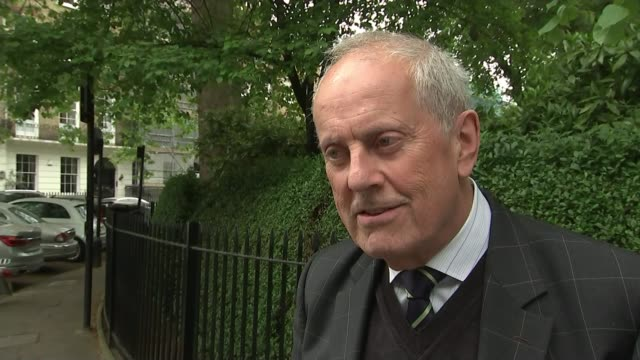 vídeos de stock e filmes b-roll de prince philip to step down from public engagements prince philip to step down from public engagements london gyles brandreth interview sot - gyles brandreth
