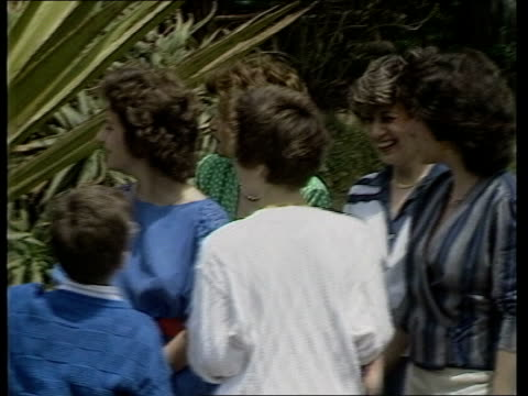 day 12 sicily italy sicily ms charles and diana down steps from aircraft and greeted catania ms long motorcade along country lane towards as entering... - 1985 bildbanksvideor och videomaterial från bakom kulisserna