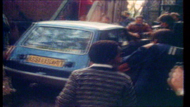 backgrounder file / tx london lady diana spencer out of kindergarten into car and reversing amid press scrum shot of diana walking and being... - 2007 stock videos & royalty-free footage