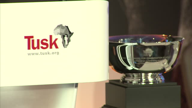 Prince William attends Tusk Trust gala Shows interior shots Emmanuel de Merode making his acceptance speech to the audience on November 24 2015 in...