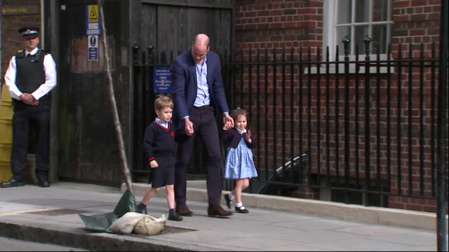 prince william bringing prince george and princess charlotte to the lindo wing at st mary's hospital to meet their younger brother for the first time - new life stock videos & royalty-free footage