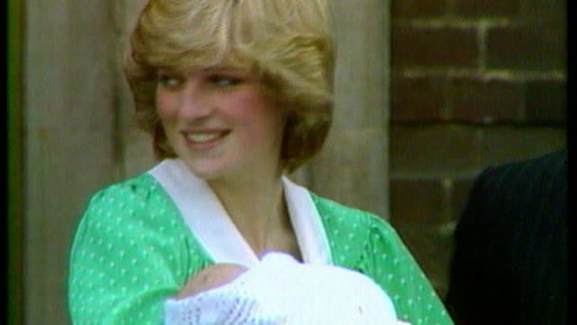 prince william comments about his mother; file: england: prince charles and diana, princess of wales, photocall with newborn baby prince william... - skiurlaub stock-videos und b-roll-filmmaterial