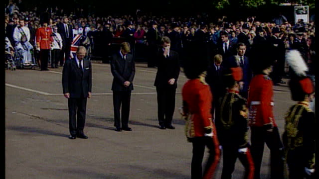 prince william comments about his mother lib princess diana's flagdraped coffin along in funeral procession prince philip prince william prince harry... - begräbnis stock-videos und b-roll-filmmaterial