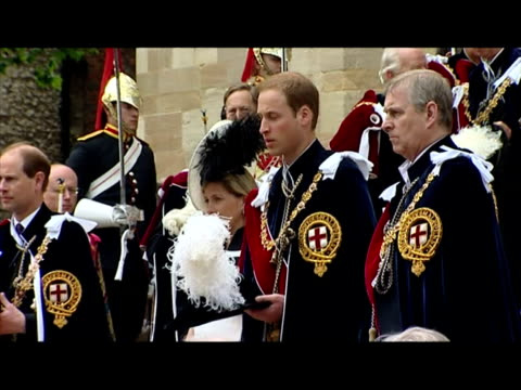 vidéos et rushes de prince william departs st george's chapel, windsor with prince andrew, duke of york. prince william - most noble order of the garter at st george's... - 50 secondes et plus