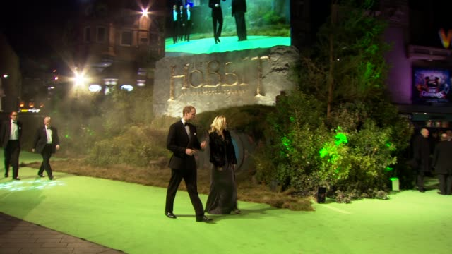 prince william, duke of cambridge at 'the hobbit' uk premiere and royal film performance at odeon leicester square on december 12, 2012 in london,... - the hobbit stock videos & royalty-free footage