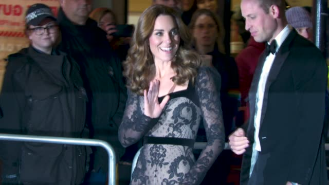 prince william duke of cambridge catherine duchess of cambridge arriving at royal variety performance at palladium theatre on november 18 2019 in... - キャサリン妃点の映像素材/bロール