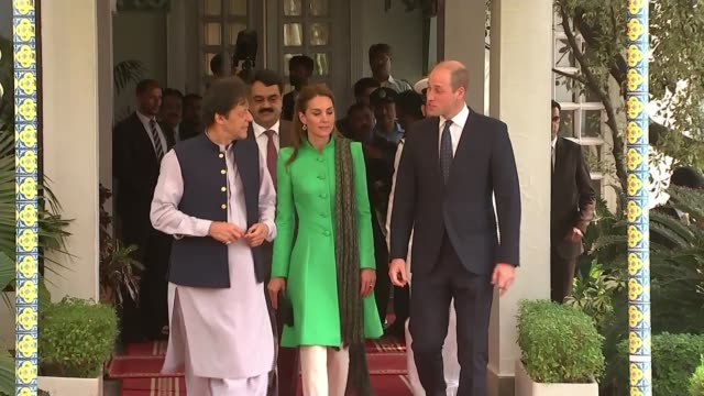 prince william meets prime minister imran khan; pakistan: islamabad: ext prince william, duke of cambridge and catherine, duchess of cambridge... - prime minister stock videos & royalty-free footage