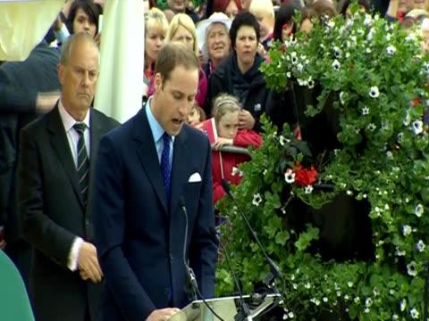 Prince William praises Queen Elizabeth II and Prince Philip in a speech