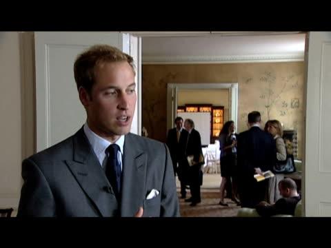 prince william states that he draws inspiration from his grandmother queen elizabeth ii; 16 september 2009 - ansvar bildbanksvideor och videomaterial från bakom kulisserna