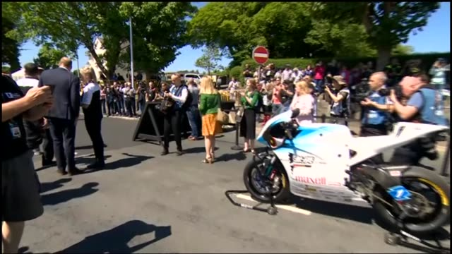 prince william visits isle of man for tourist trophy 2018; isle of man: prince william, duke of cambridge along with others / along looking at... - isle of man stock videos & royalty-free footage